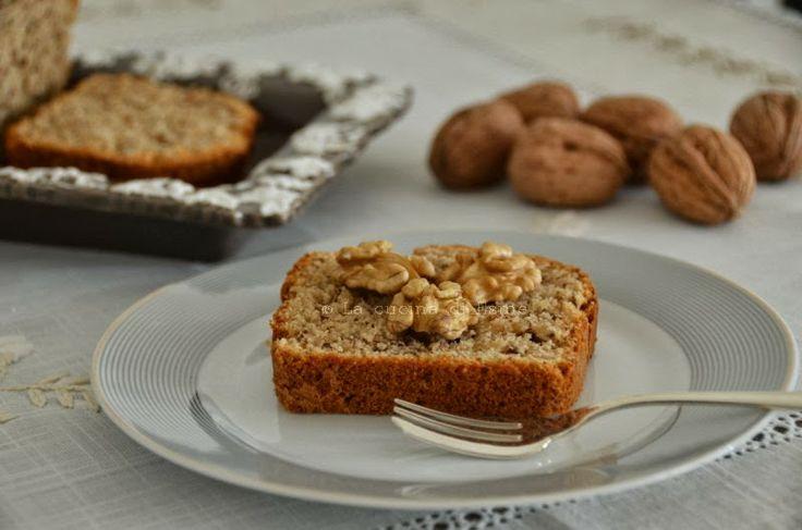 Gennaio... cosa c'è di meglio di un te caldo, profumato accompagnato da una fetta di Plum cake alle noci ?