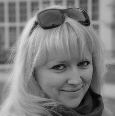 Katarzyna Żbikowska Project Managerka to miejsce dla kobiet projektujących swoje życie i biznes w sposób świadomy i z wyobraźnią. Dla tych, które są wiecznie ciekawe świata i nie szukają gotowych rozwiązań, bo są otwarte na rozwój poprzez działanie.