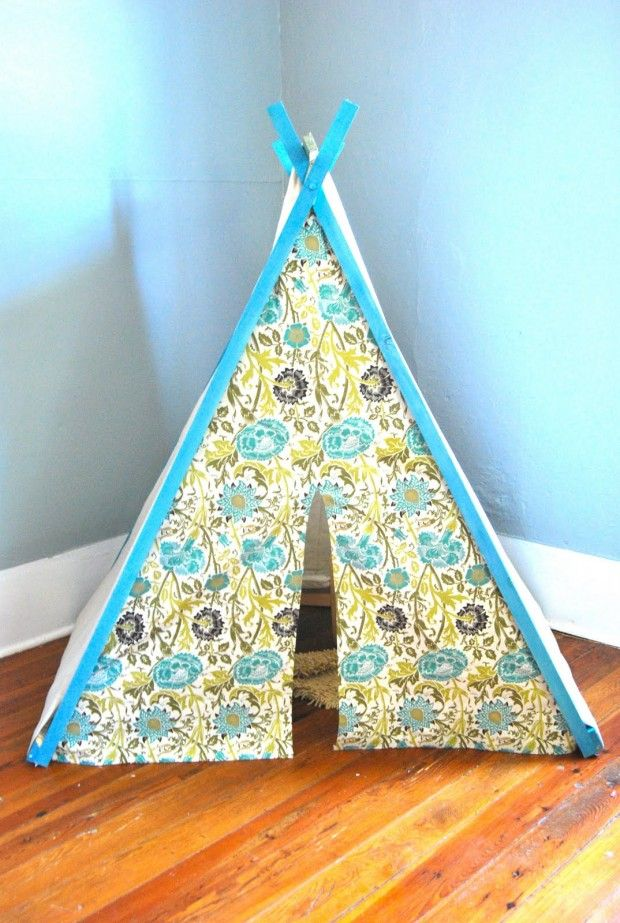 Play Tent- 18 Amazing DIY Christmas Gifts for Kids