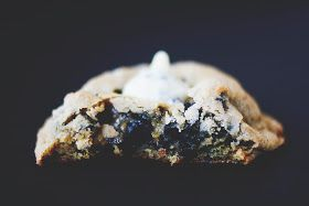 Une-deux senses: Cookies & Cream Kiss Cookies