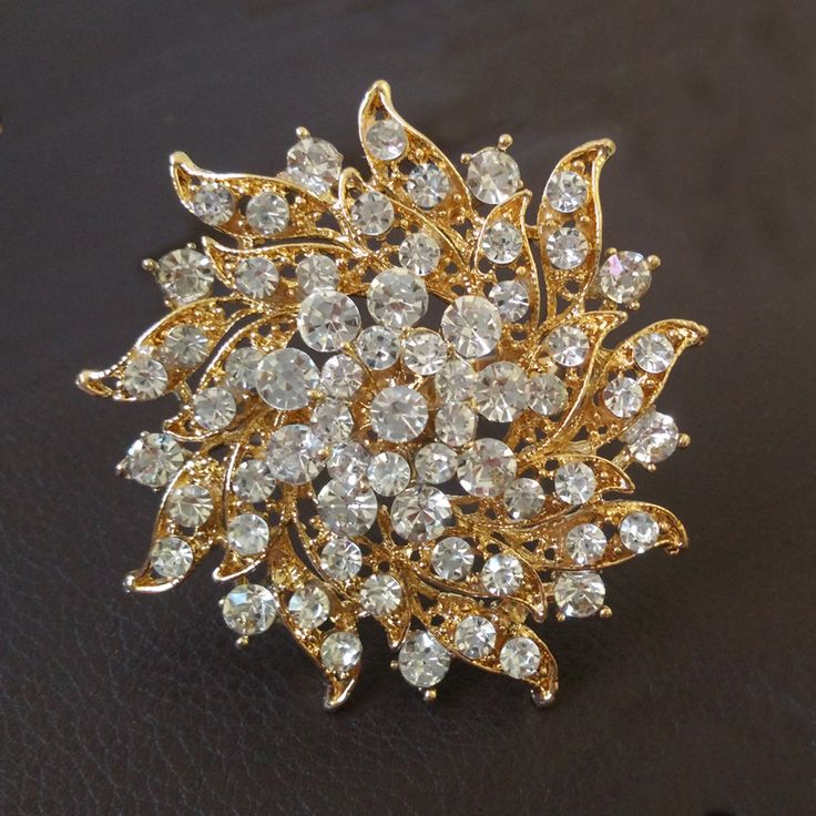 10pcs/lot Fashion New Gold Metal Napkin Holders Bling Crystal Flower Rhinestones Napkin Rings for Weddings Kitchen Accessories