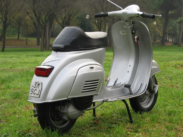 17 best images about u on pinterest vintage vespa a symbol and style. Black Bedroom Furniture Sets. Home Design Ideas