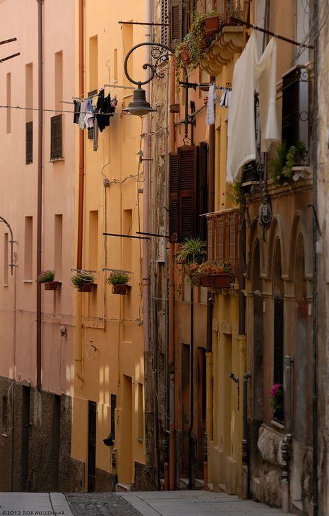 Streets of Cagliari, Sardinia | Italy (by Rob Millenaar)