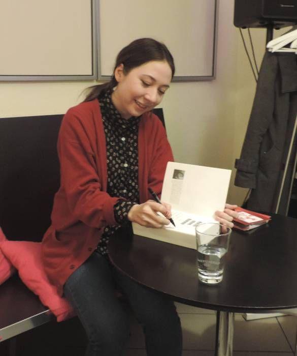 Interview & Lesung Jenny-Mai Nuyen