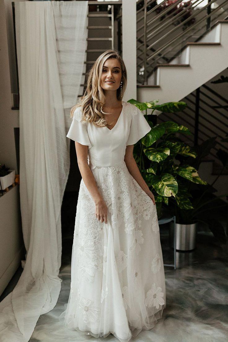 Modest Wedding Dress Wih Lace Flowers In 2020 Modest Wedding Dresses With Sleeves Modest Wedding Dresses Wedding Dress Flowy