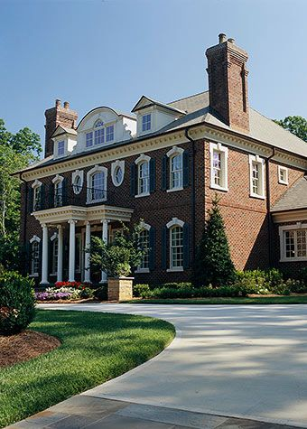 Best 25 colonial style homes ideas on pinterest - Georgian style exterior lighting ...