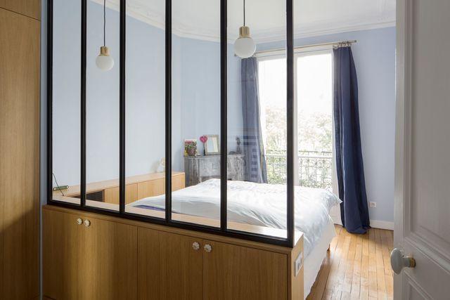 Appartement paris 18 r novation fonctionnelle pour couple avec enfants chambres parentales for Pinterest chambre enfant verriere
