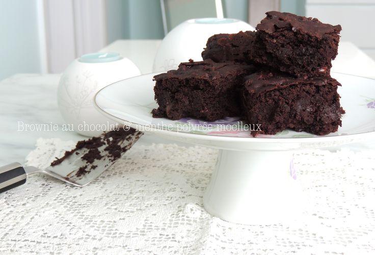 Brownie au chocolat & menthe poivrée moelleux (vegan) sur le blog : http://petite-douceur.com/?p=730