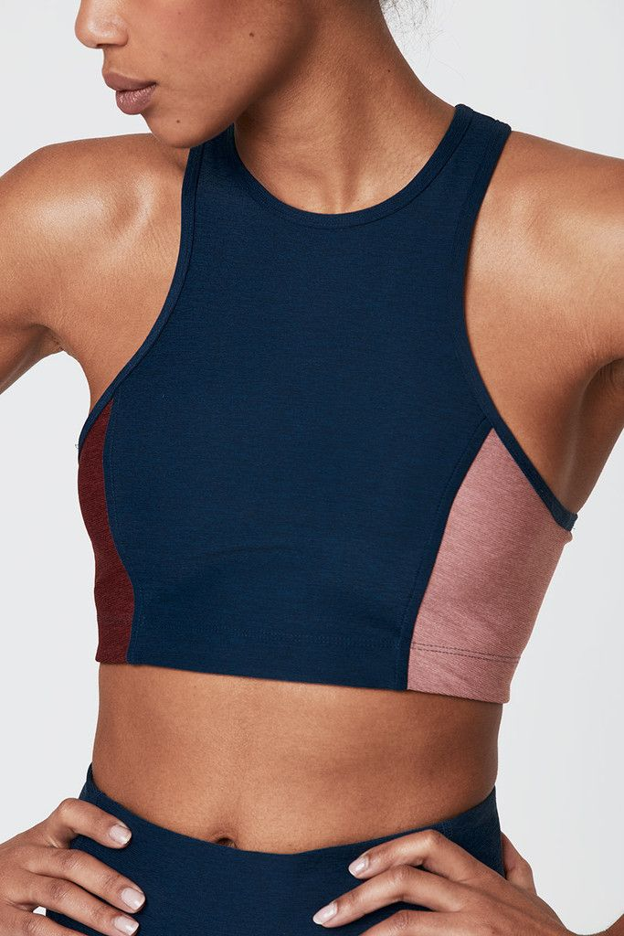 Sportbra in bold colors by Outdoor Voices
