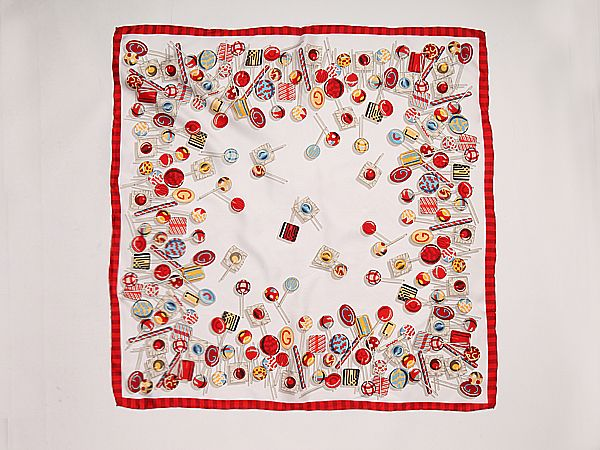 14 Momme Large Square Silk Twill Scarf with Hand Rolled Hem 90x90cm XWC115