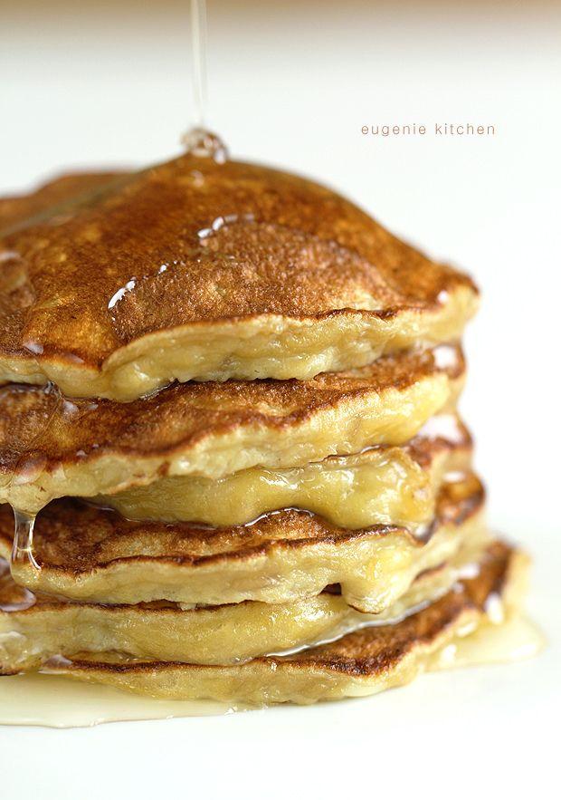 3-Ingredient Banana Pancakes - Eugenie Kitchen