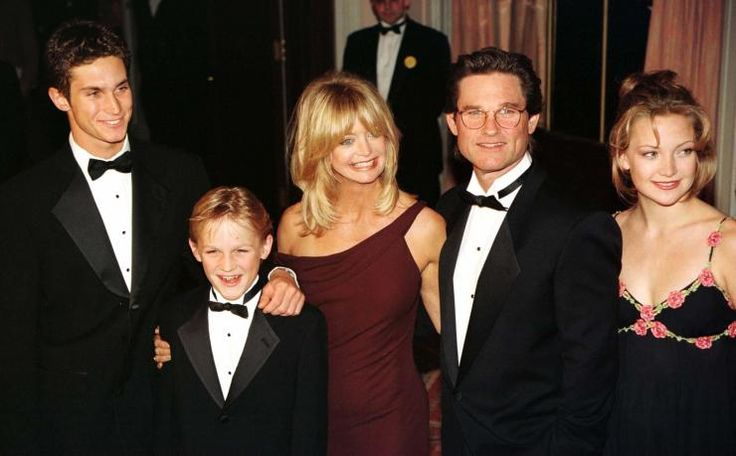Oliver Hudson, Wyatt Russell, Goldie Hawn, Kurt Russell and Kate Hudson