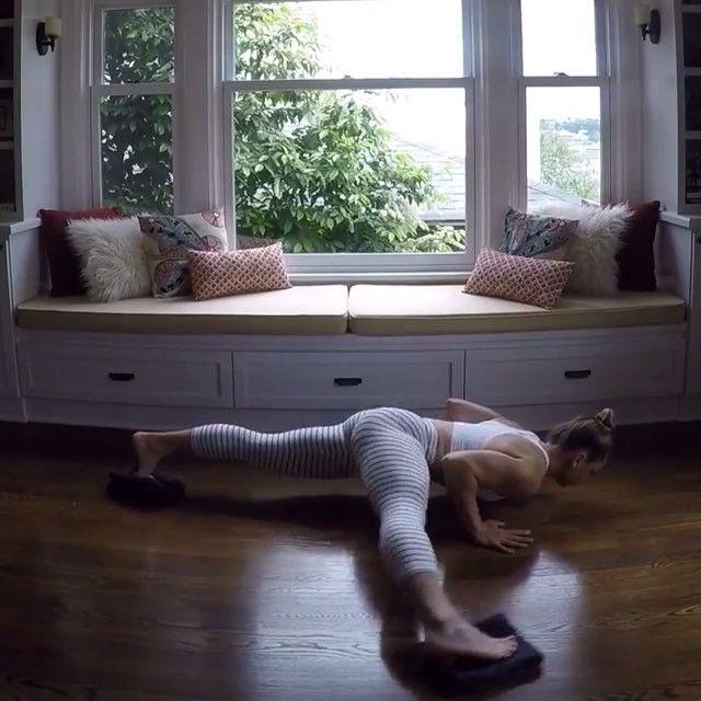 Body Workout With Towel: Towel Push-up Workout! ️. @kaisafit