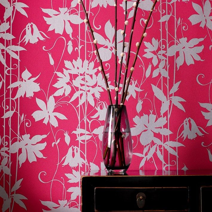 Paradise Garden Wallpaper by Laurence Llewelyn-Bowen - Designer Floral Wall Coverings by Graham  Brown