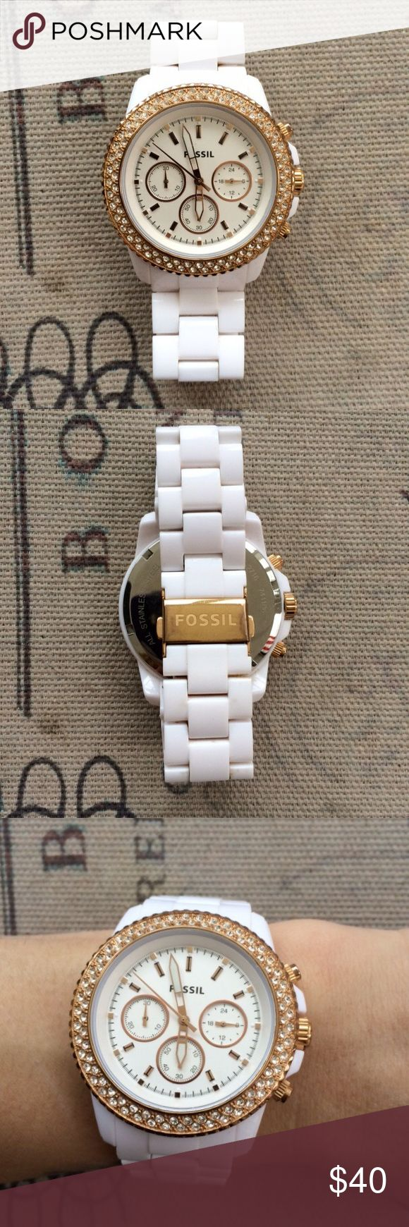 White and a Gold Fossil Watch Needs new battery, otherwise in excellent condition!  Extra links are not included Fossil Accessories Watches