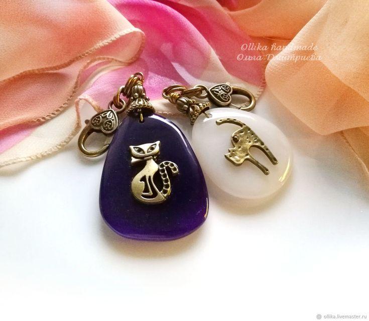 Купить Брелок Котики на Камне, украшение на сумку для ключей, агат, кошка в интернет магазине на Ярмарке Мастеров