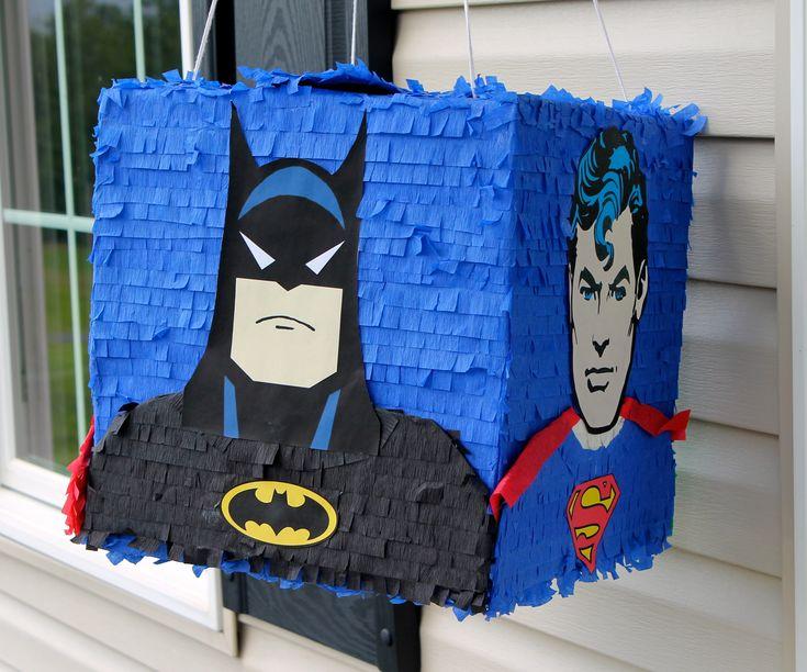 PINATAS PLUS - Justice League Piñata (Batman, Superman, Green Lantern, Flash) www.facebook.com/pinatasplus1, pinatasplus@gmail.com