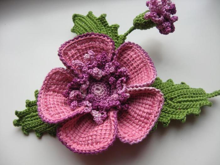 Crochet flower - has graphs