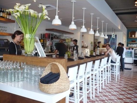 Larchmont Cafe Gratitude Los Angeles | Organic Vegan Raw Restaurant