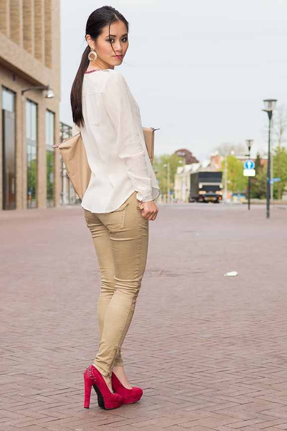Outfit: Mango Blouse - http://www.thebeautymusthaves.com/2013/05/outfit-mango-blouse-met-etnische-boord.html
