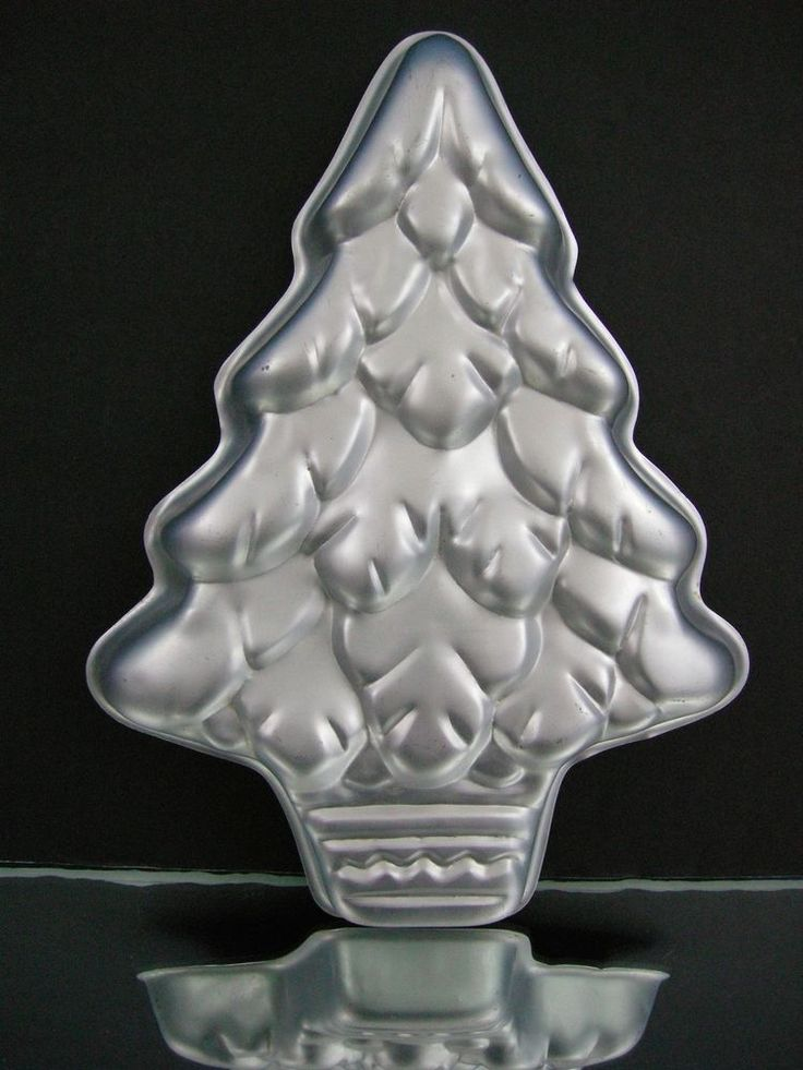66 Best Images About Wilton Cake Pans On Pinterest