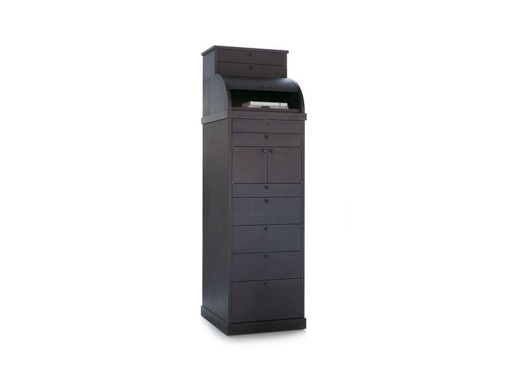 """Mobile """"Carteggio"""" secretaire a cassetti in essenza, con ripiani estraibile protetto da una tapparella scorrevole. Per organizzare e riordinare le nostre giornate."""