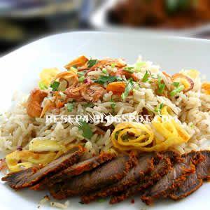 resep nasi kebuli ayam - http://resep4.blogspot.com/2013/05/resep-nasi-kebuli-ayam.html