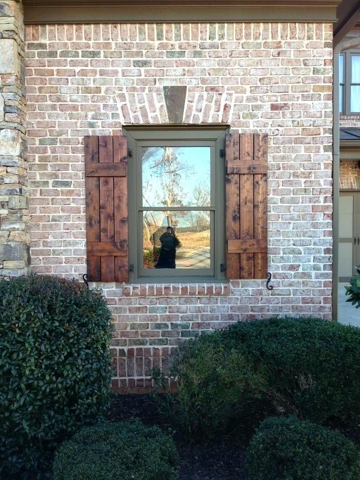 Stained Brick Craftsman Style Shutters Exterior Craftsman Shutters Exterior House Paint Exterior House Exterior