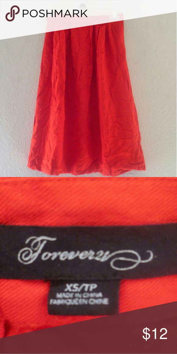 Forever 21 red skirt size xs Forever 21 red skirt size xs. Good condition no damages. Forever 21 Skirts
