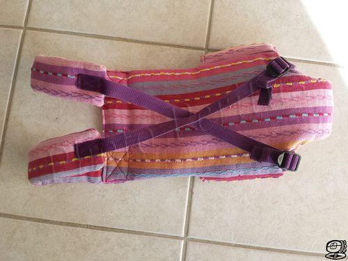 a07e4d5cd31a DIY - Porte bébé pour poupée Comment recycler un rideau, un coutil de  matelas et un sac à dos... en faisant un porte bébé pour la poupée de ma fi…