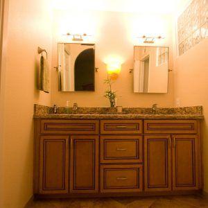bathroom vanity cabinets kraftmaid