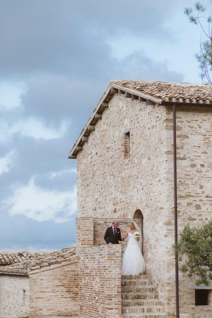 Casa Olivi Wedding by Aberrazioni Cromatiche | #father #bride #Italy #venue #casa