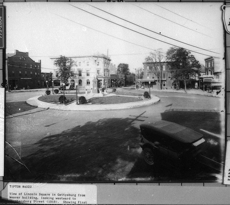 View of Lincoln Square in Gettysburg from Weaver building looking westward to Chambersburg Street (1918)