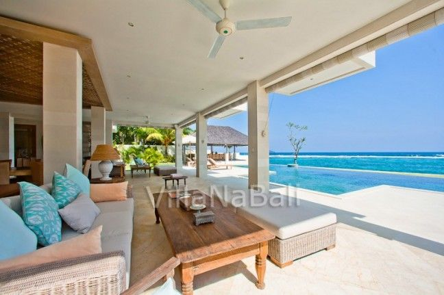 Villa Angsoka Candidasa Bali - 6brms - Beachfront - 1.5hr drive ($1200 USD / nt) + 15.5% service tax (incl tfers, breakfast, chef and staff) -http://sirimendirabeachvillas.com/angsoka-beach-villa