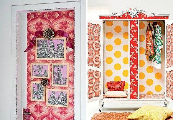 Na porta, forrada com papel de parede vintage, comprado no site ebay, rosáceas de papel listrado da Cole &Son, R$ 780, da Celina Dias, e mol...