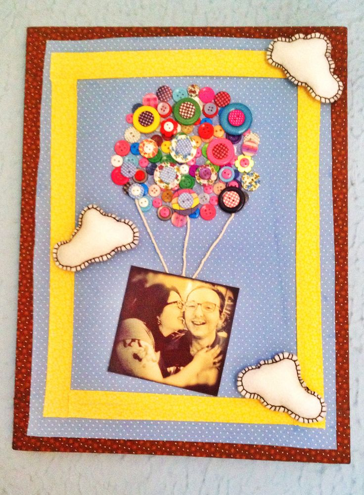 Frame made with buttons and fabrics. #Balloon #Table #Frame #Buttons  Quadro feito com botões ...