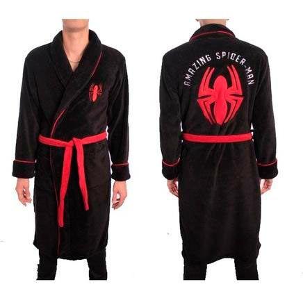 Albornoz Spiderman. Marvel Precioso albornoz basado en el héroe de Marvel, Spiderman en color negro y rojo suave al tacto.