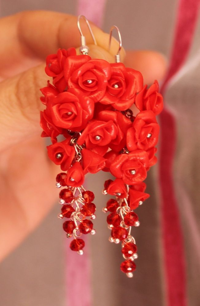 Red Roses Flowers Earrings / Handmade Polymer Clay #Handmade #Chain