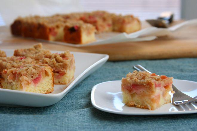 rhubarb snack cake | irresistible food | Pinterest
