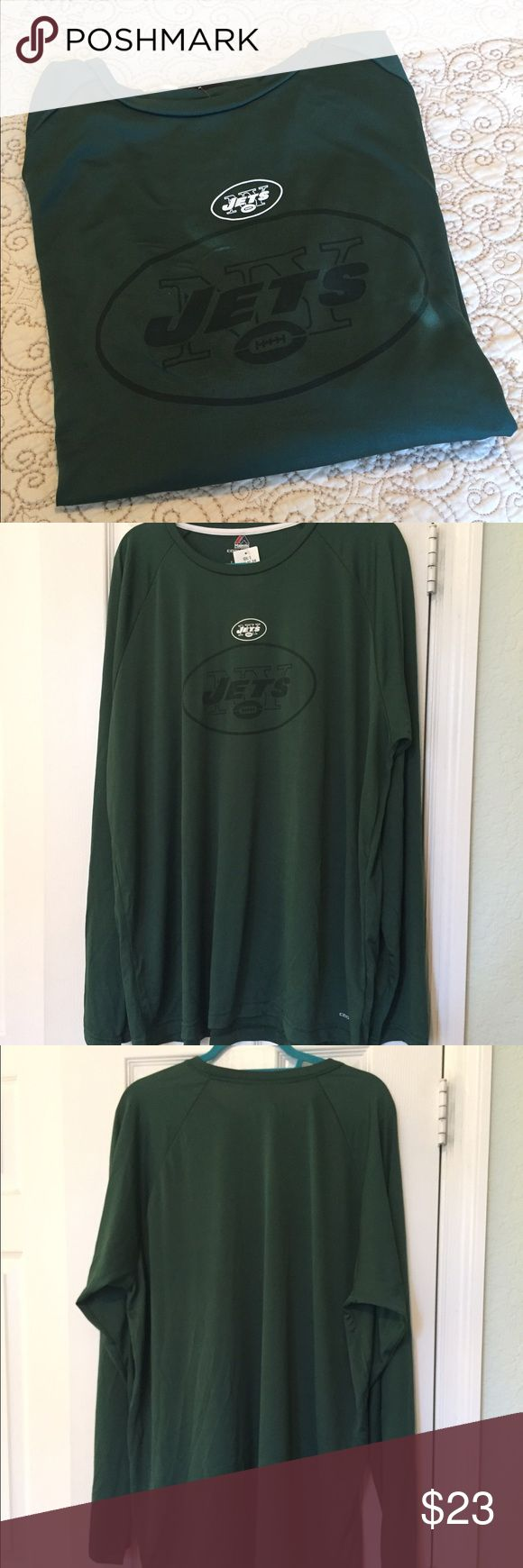 Official JETS Logo Shirt NWT official NFL JETS COOL BASE performance wear. Never Worn. Tags still on. Size 2XL Majestic Shirts Tees - Long Sleeve