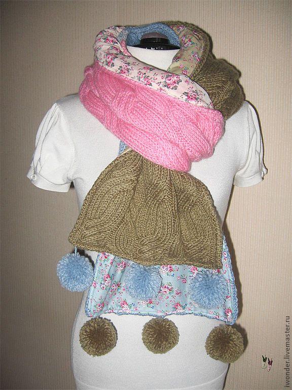 Купить или заказать Бохо-шарф в интернет-магазине на Ярмарке Мастеров. Теплый и красивый шарф, комбинация ручного вязания (полушерстяная пряжа) и вискозы в цветочек. Отделка хлопковым кружевом и помпонами…