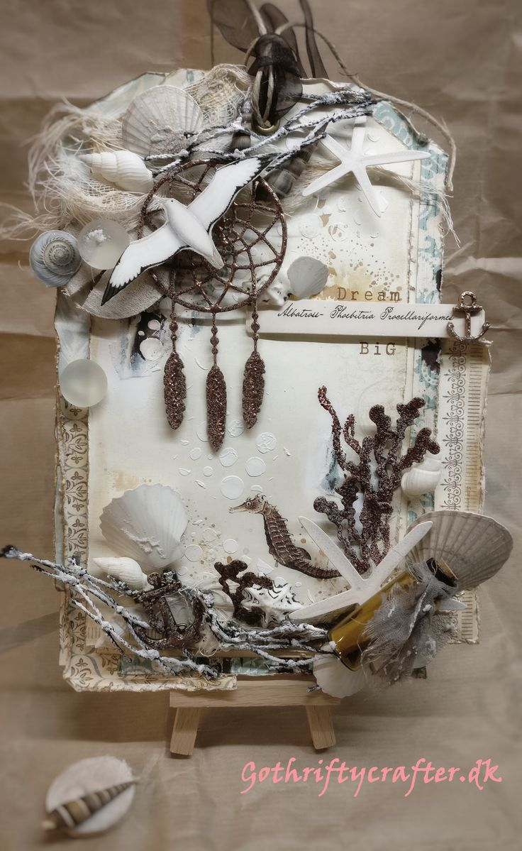 Тег открытка. Mixed media tag, marine theme, with dream catcher as the central piece. Sea horse, albatros, seaweed