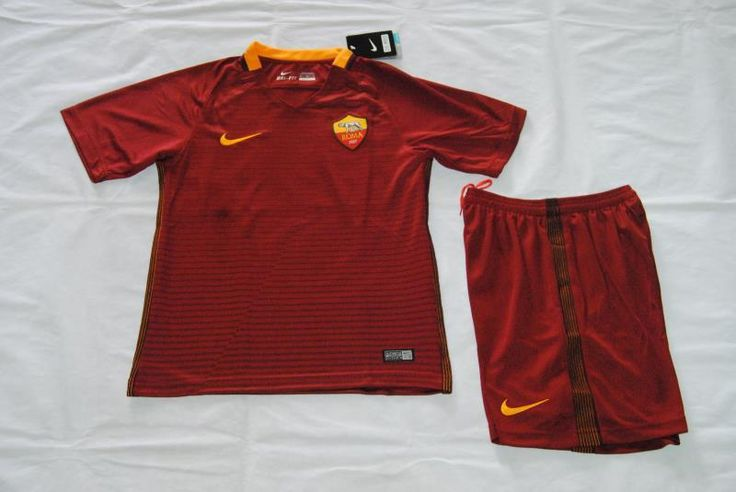 Serie A 16/17 As Roma home kids soccer kit. TOTTI boys football jersey
