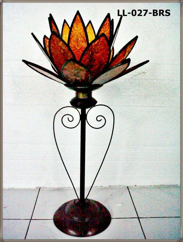 Lantern lotus