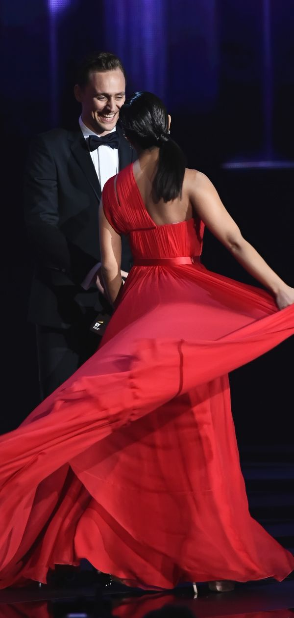 Tom Hiddleston and Priyanka Chopra onstage to present Outstanding Directing for a Limited Series, Movie or Dramatic Special during the 68th Annual Primetime Emmy Awards at Microsoft Theater on September 18, 2016 in Los Angeles, California. Via Torrilla. Click here for full resolution: http://ww4.sinaimg.cn/large/6e14d388gw1f7yqb2rqamj21qt2bi1kx.jpg