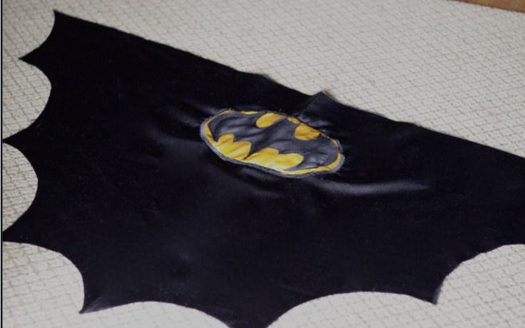 do it yourself divas: DIY: Batman Cape