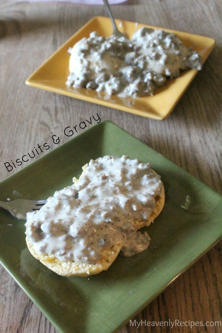 Pin this Biscuits and Gravy Recipe for breakfast this weekend. The entire meal comes together in under 20 minutes.