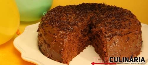 Receita de Bolo brigadeiro. Descubra como cozinhar Bolo brigadeiro de maneira prática e deliciosa com a Teleculinária!