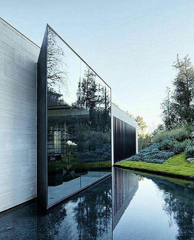 "Gefällt 3,360 Mal, 17 Kommentare - Interior design & architecture (@architecture_se7en) auf Instagram: ""The Movie Director Michael Bay's Bell Air #Villa by Chad Oppenheim #architecture_se7en _______ ○…"""