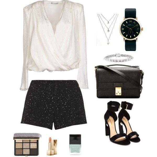 77928bb6747 Outfit Ideas to Wear to a Broadway Show